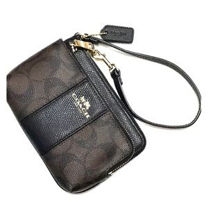 Coach signature PVC Dbl zip wristlet brown/black